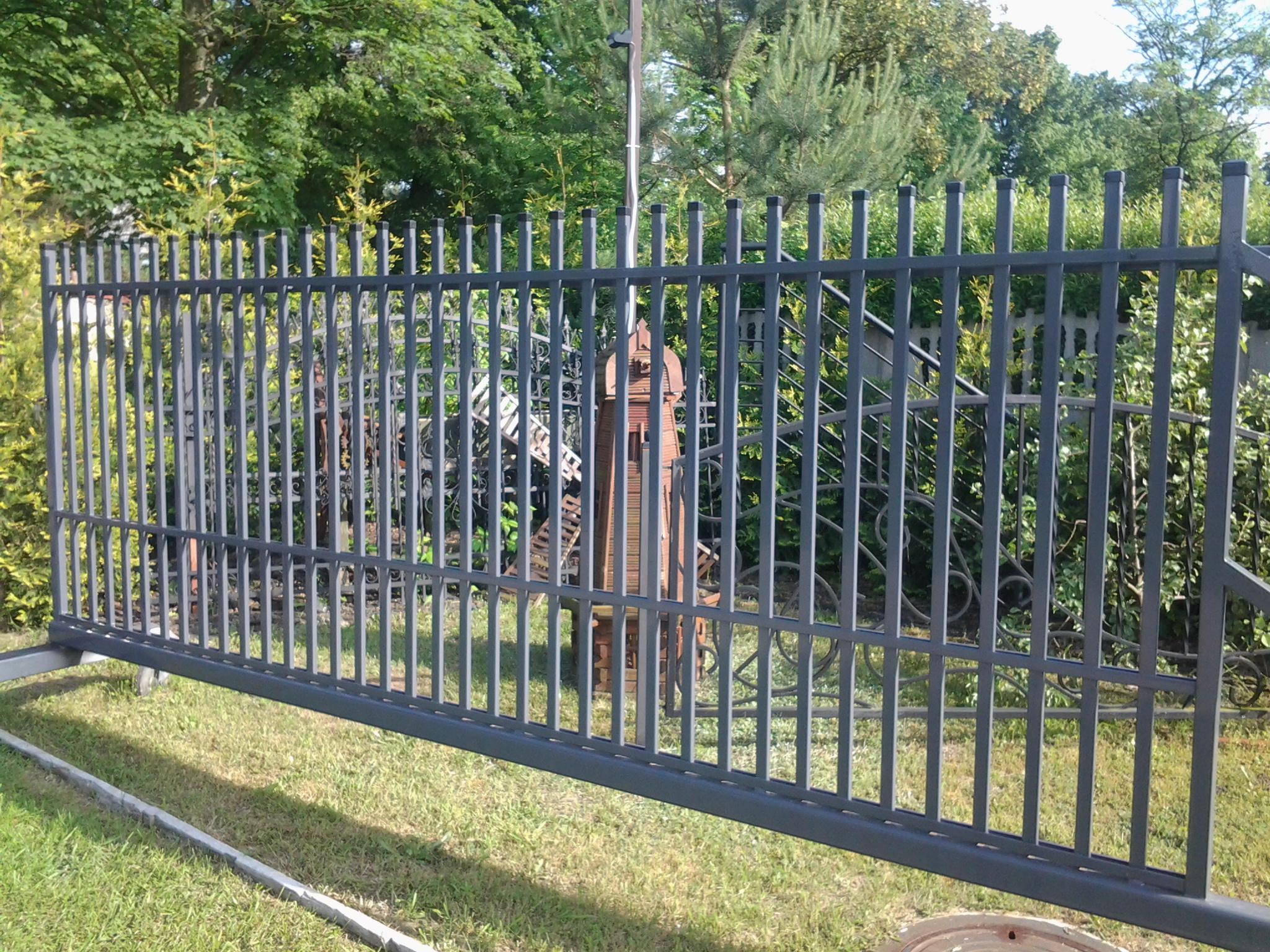 brama-wjazdowa-A019