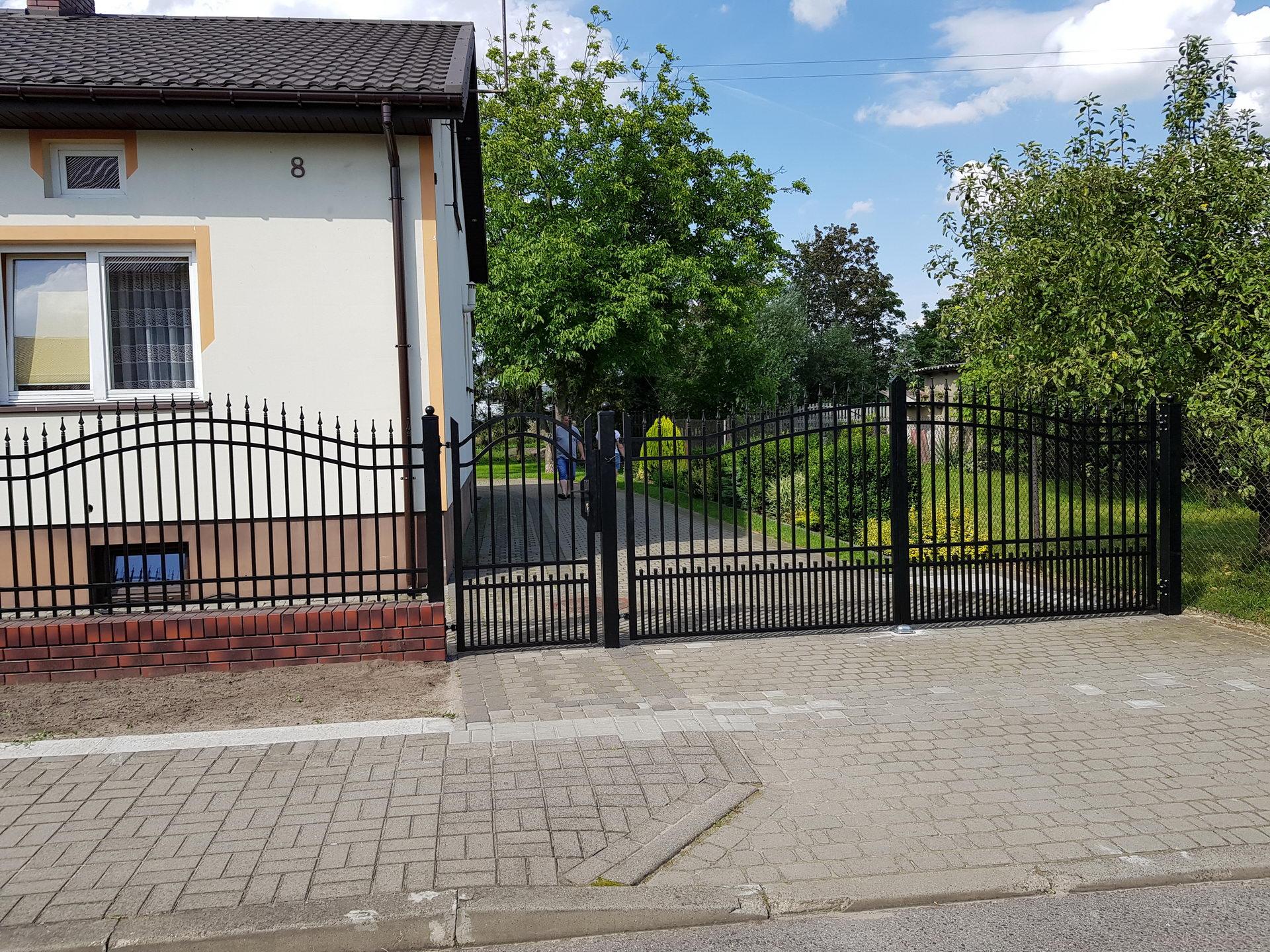 brama-wjazdowa-A11