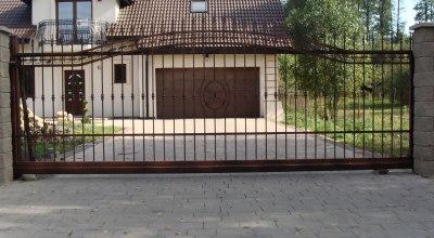 brama wjazdowa przesuwna D013